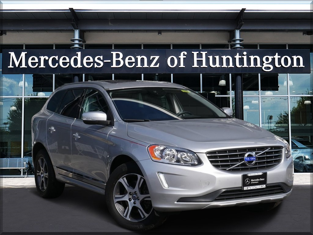 Pre-Owned 2015 Volvo XC60 T6 Premier Plus AWD